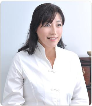 渡邉賀子先生 / 麻布ミューズクリニック