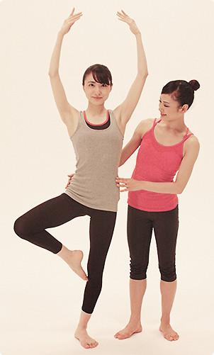 素足で足裏の感覚を養い姿勢を整える