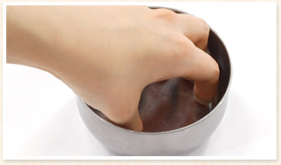 爪の周りの皮膚を柔らかく