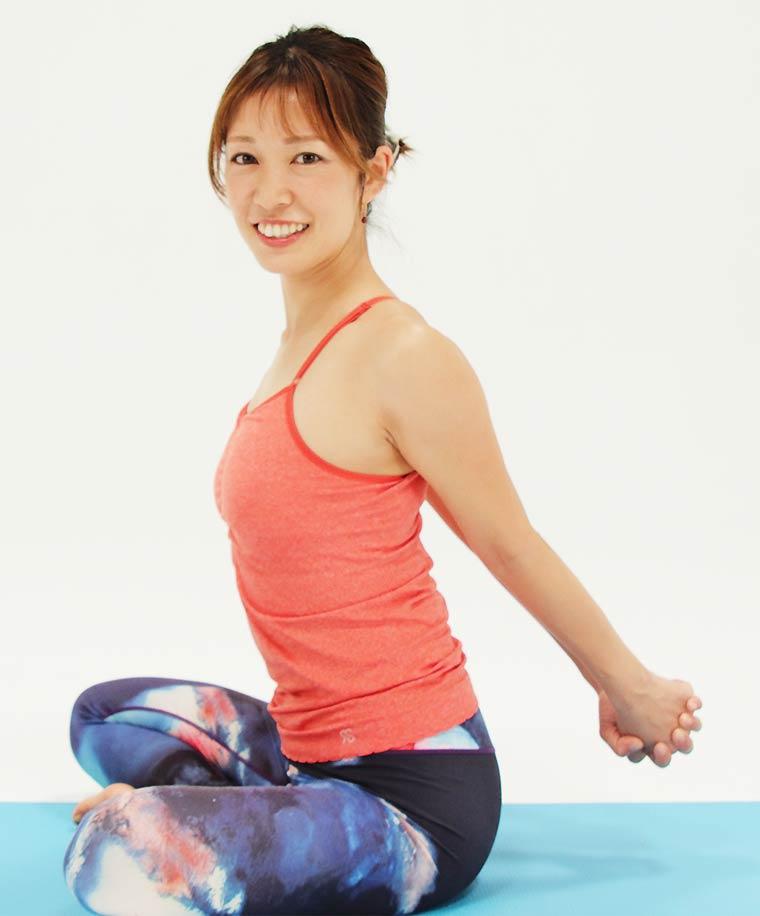 肩甲骨はがしエクササイズ 肩こり改善・猫背改善・代謝アップ・バストアップ