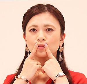 唇のトレーニング